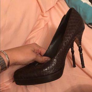 Gucci Shoes - Gucci 39